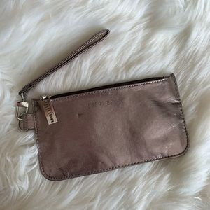 Bobbi Brown cosmetic / wristlet bag